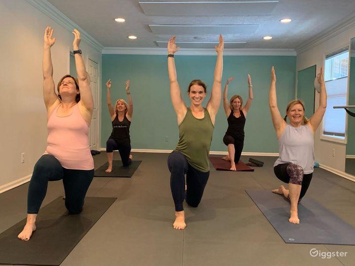 Amazing Yoga, Barre, and Dance Studio Space Photo 5
