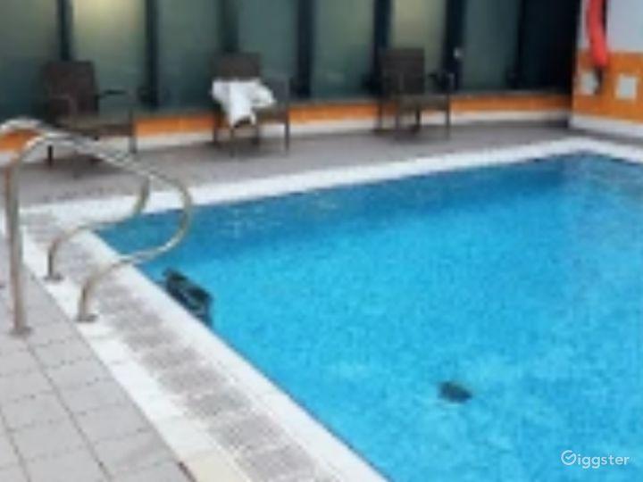 Hotel Pool in York Photo 3