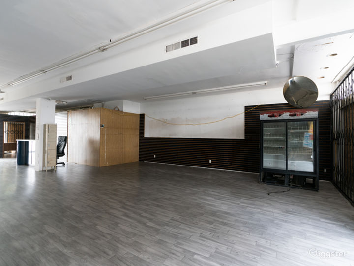 NEW-FILMING ONLY Empty Storefront with Parking  Photo 3