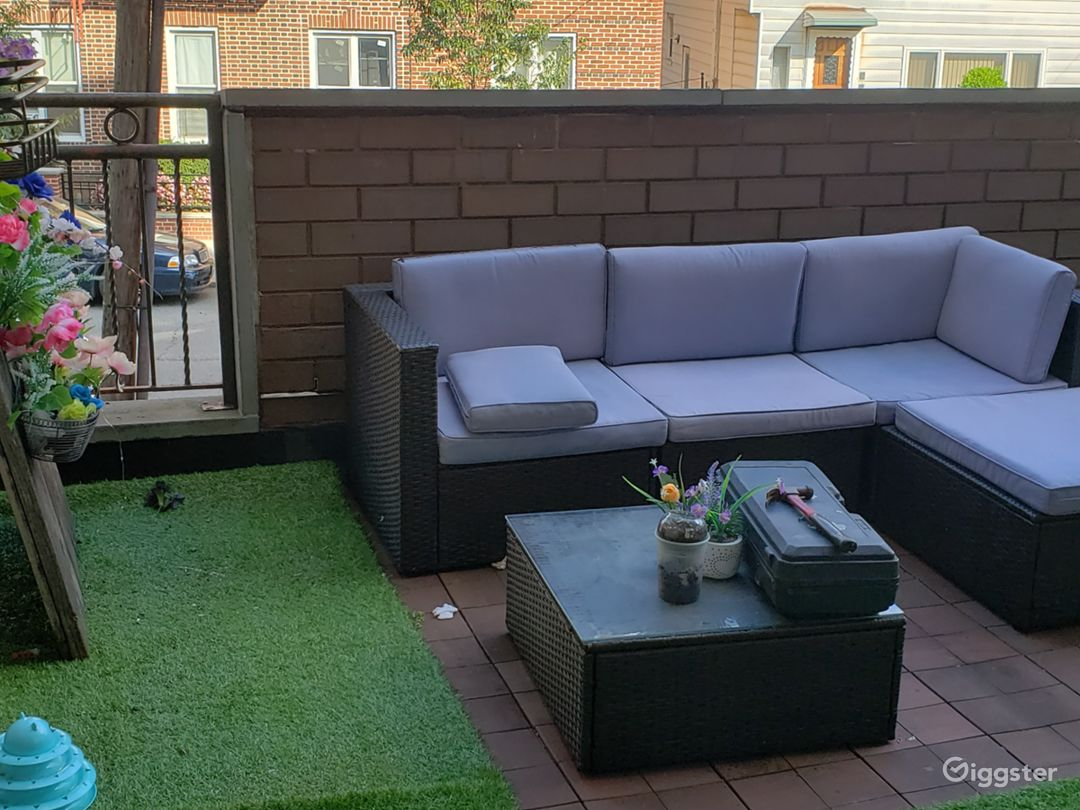 Beautiful balcony for rent in a quiet/safe area Photo 1