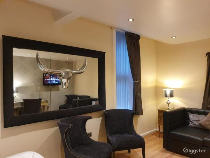 Duplex with Juliette Balcony in Liverpool  Photo 3