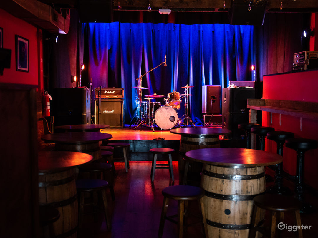 Cool Bar/Club In Washington DC Photo 5