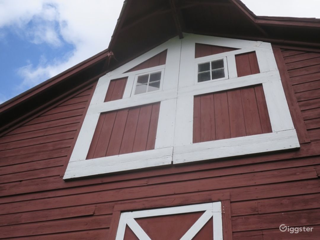 19th C. Heritage Red Dutch Dairy Barn- Upstate NY Photo 3