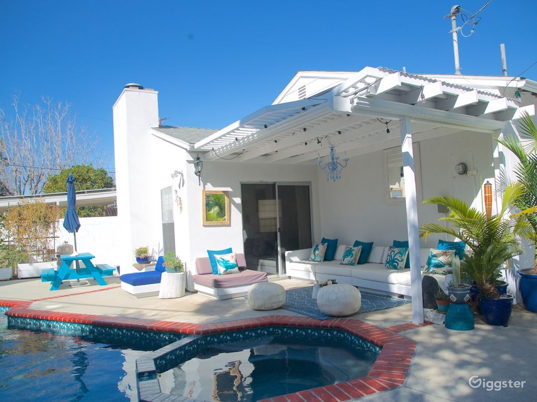 Perfect for shooting! Mediteranean style backyard! Photo 3