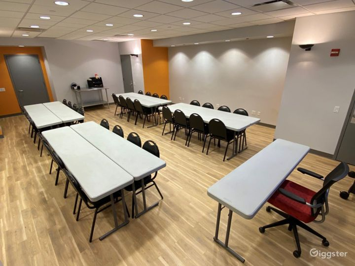 Seminar Room for Your Events Photo 3