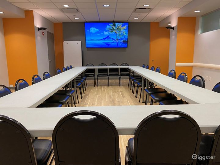 Seminar Room for Your Events Photo 5