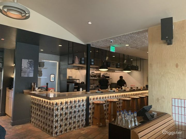 Southern California Soul Food Restaurant - Indoor Dining Photo 4