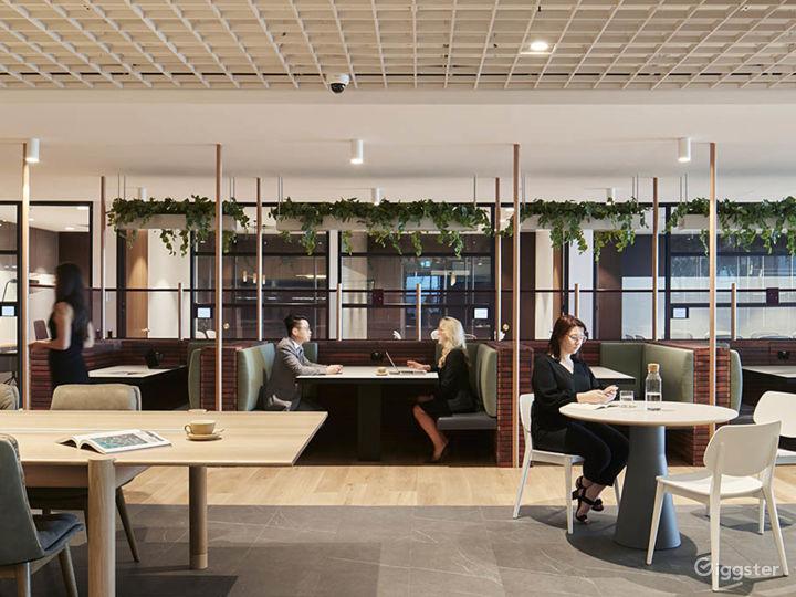 Stunning Office Space w/ Glass Wall façade Photo 4
