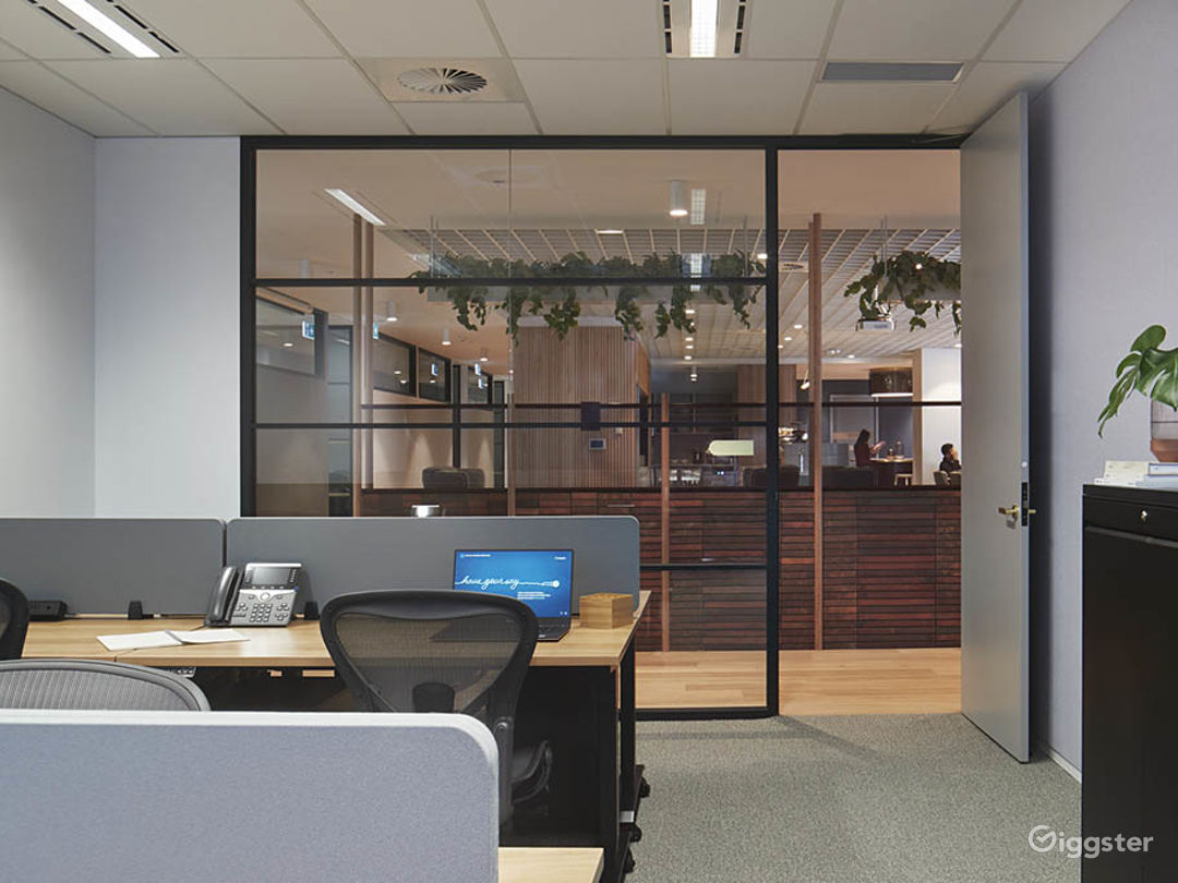 Stunning Office Space w/ Glass Wall façade Photo 1