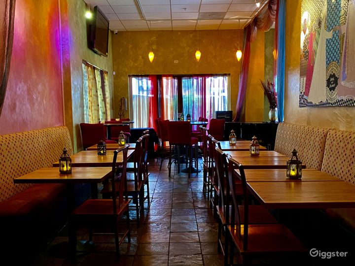 Colorful Dinette & Meeting Room Setup in San Francisco Photo 2