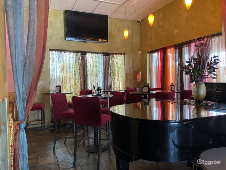 Colorful Dinette & Meeting Room Setup in San Francisco Photo 4