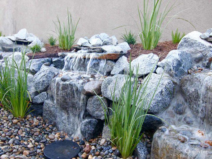 Courtyard with beautiful waterfalls in Fresno Photo 4