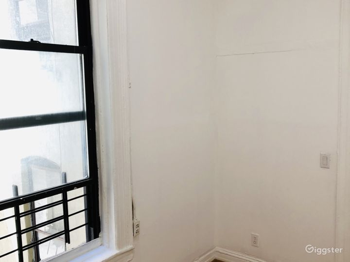 1 Bedroom Apartment in the heart of Chinatown NYC Photo 5