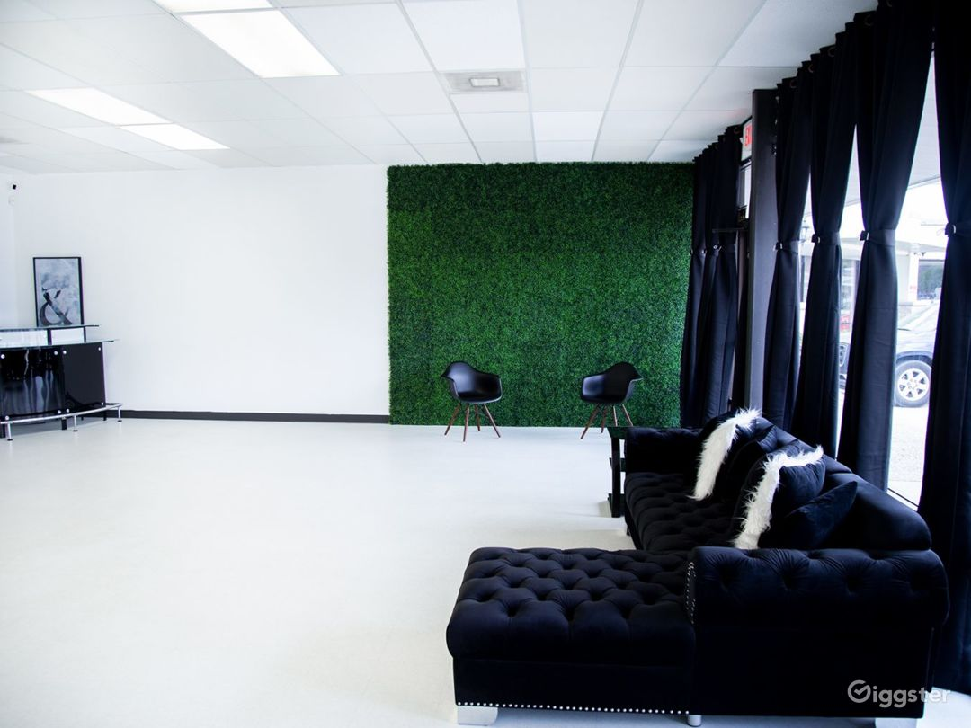 A Beautiful Space for Creative Content Photo 1