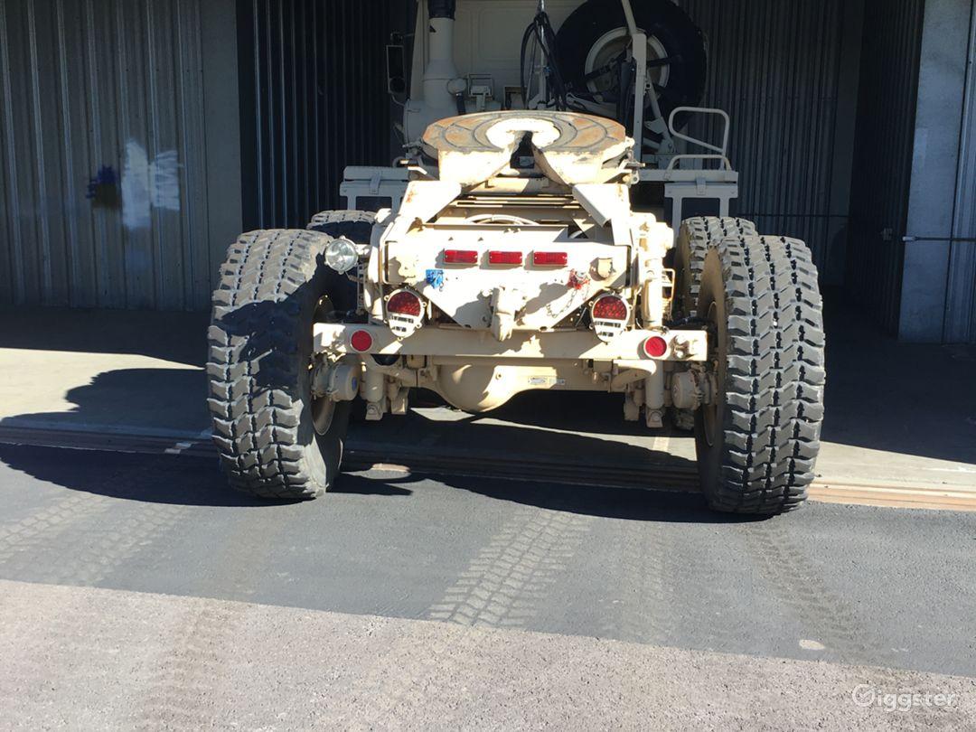 STEWART & STEVENSON MILITARY TRUCK TRACTOR M1088A1 Photo 4