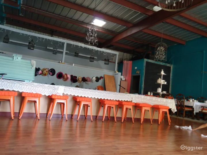 Private Space Perfect for Birthdays, Baby Showers, Anniversaries, Bridal Showers, Retirement Parties Photo 4