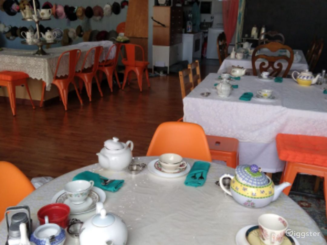 Private Space Perfect for Birthdays, Baby Showers, Anniversaries, Bridal Showers, Retirement Parties Photo 1