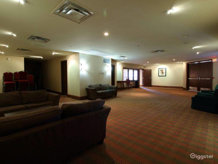 Private Mezzanine for VIP Receptions - Breakout - Board Room  Photo 2