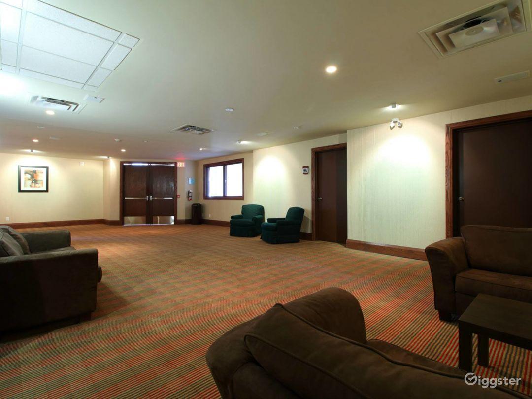 Private Mezzanine for VIP Receptions - Breakout - Board Room  Photo 1