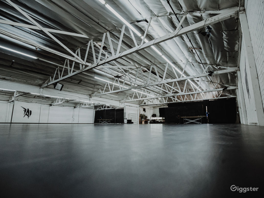 Industrial-Chic Warehouse Compound Photo 5