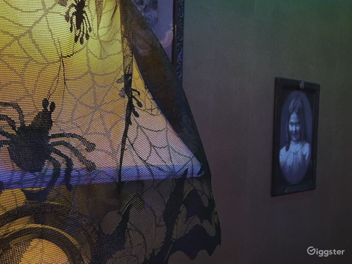 Mysterious Spooky Themed Escape Room A in Ventura Photo 5