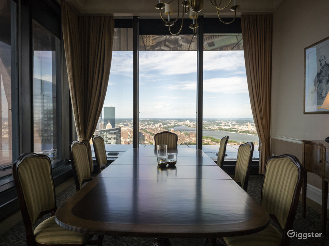 Downtown Private Club with Panoramic Views Photo 5