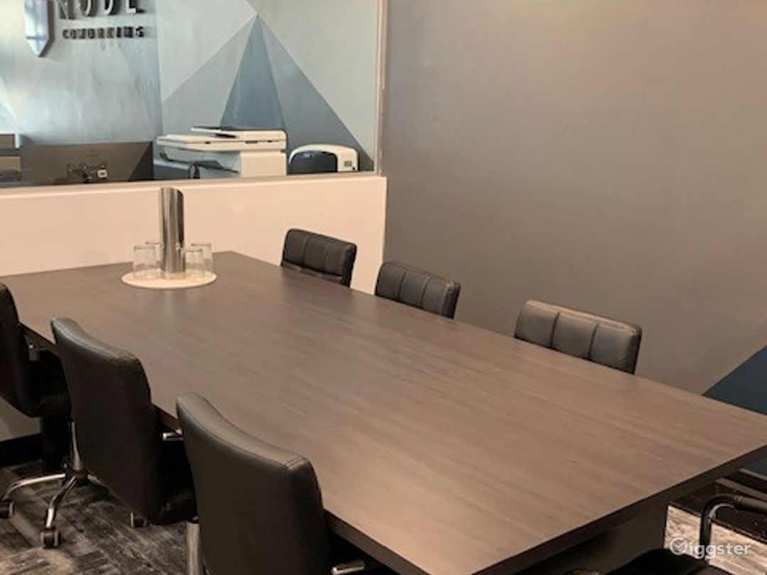 Modern Meeting Room in Collingwood Photo 1
