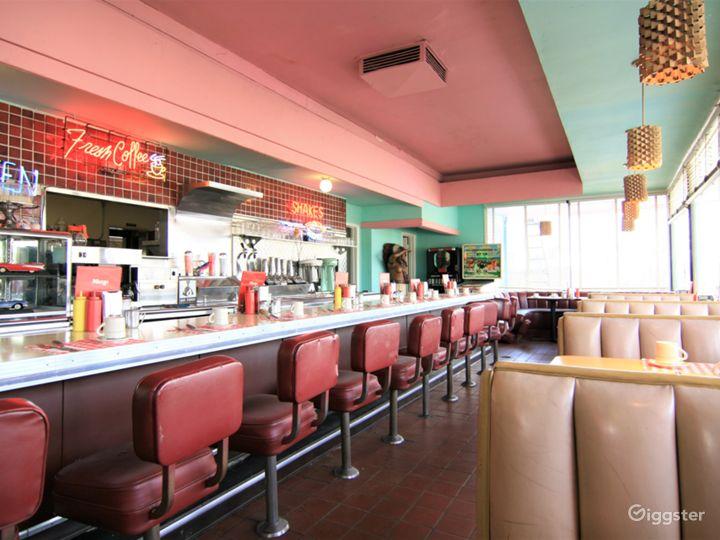 Pink's Cafe