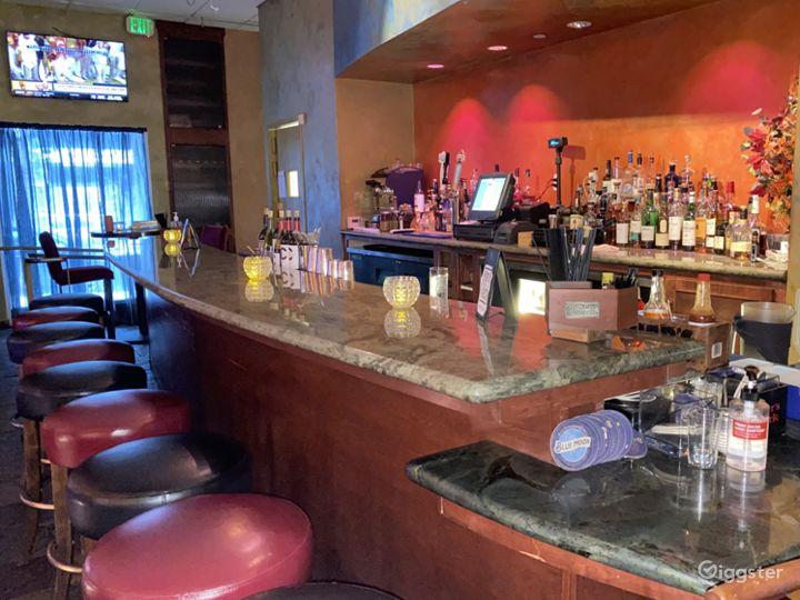 Trendy, Bright and Friendly Bar Setup in San Francisco Photo 4