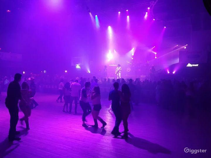 Spacious Stage & Dance Hall in San Antonio  Photo 2