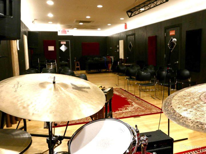 Spacious Music Studio in NY Photo 5