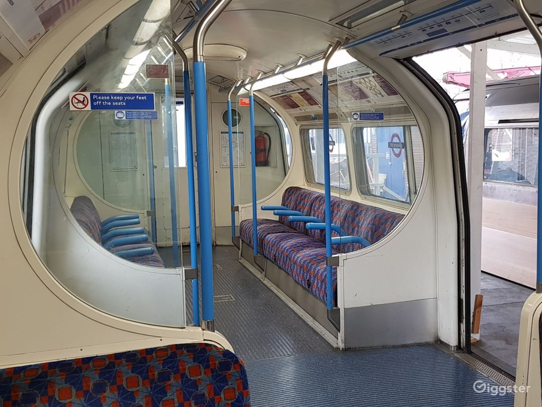 Original Tube Carriages in London Photo 1