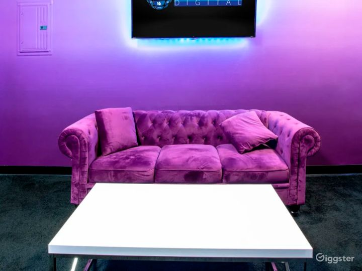 Vibrant Gaming Room for Streaming and Content Creation Photo 4
