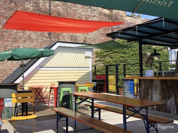 Bar and Ale Rooftop Photo 4
