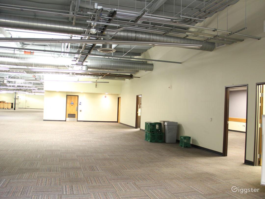 Data Center, 25+ Offices, Warehouse Flex Space Photo 5