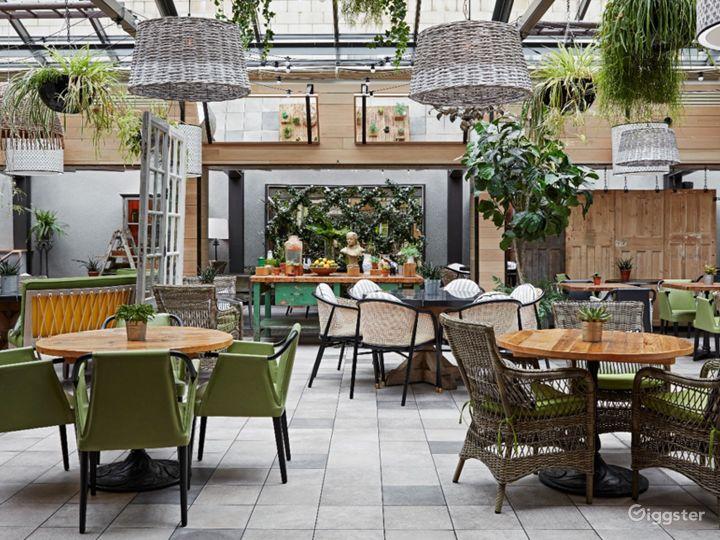 Bright and Airy Garden Restaurant in Edinburgh Photo 2