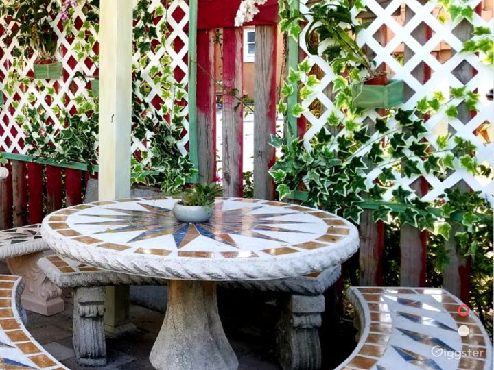 Beautiful Outdoor Patio for Parties in West Palm Beach Photo 2