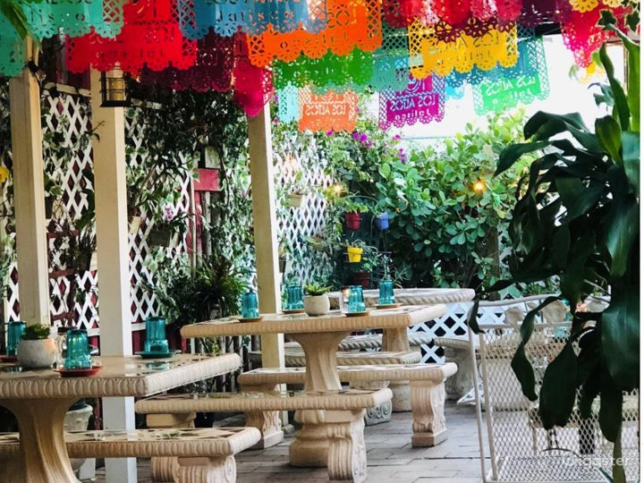 Beautiful Outdoor Patio for Parties in West Palm Beach Photo 5