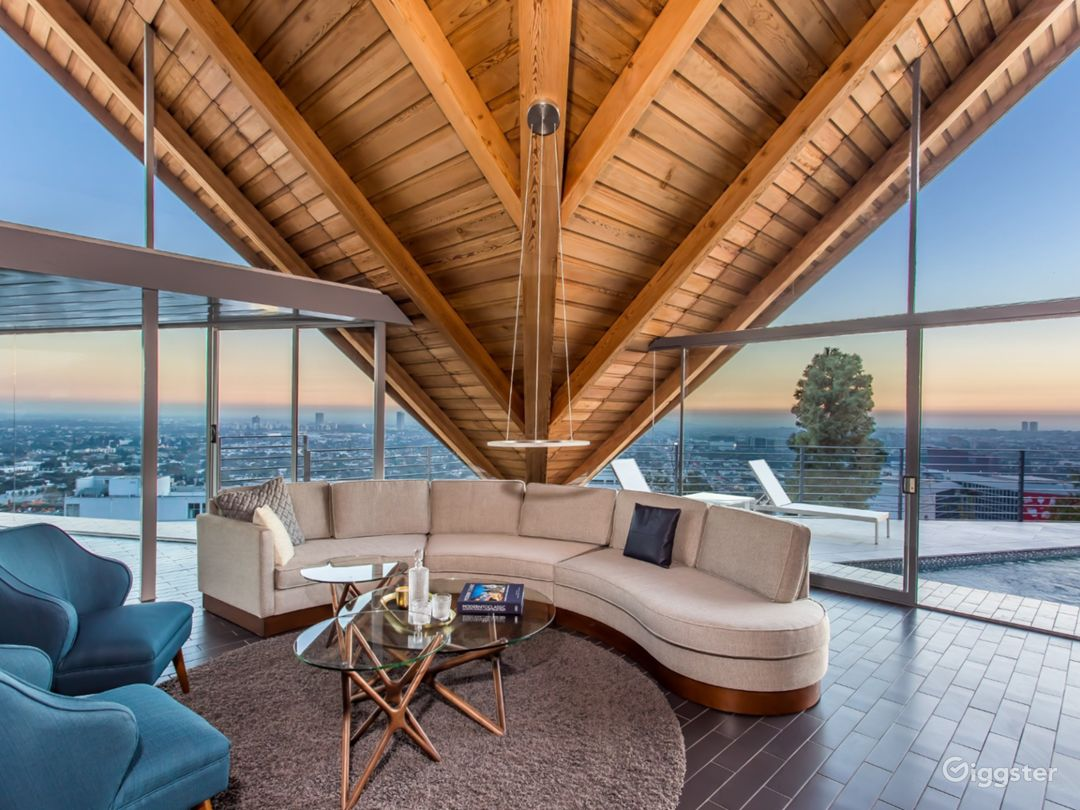 Gesner Hollywood Hills Photo 5