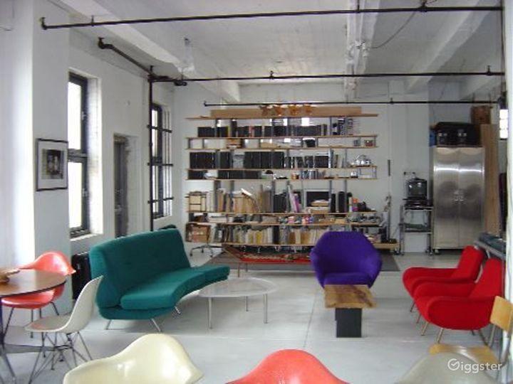 Loft like minimal apartment: Location 2937 Photo 5