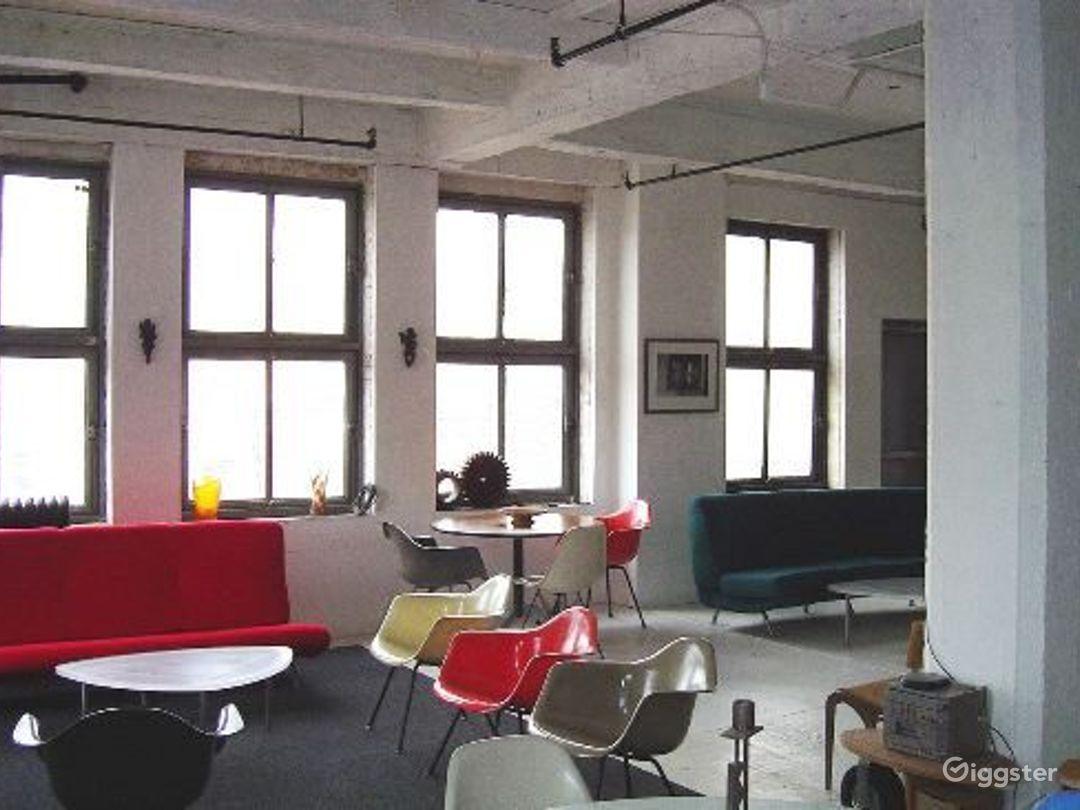 Loft like minimal apartment: Location 2937 Photo 1