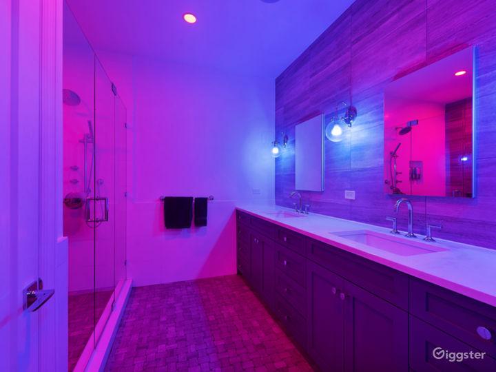 Luxury Master Suite Photo 5