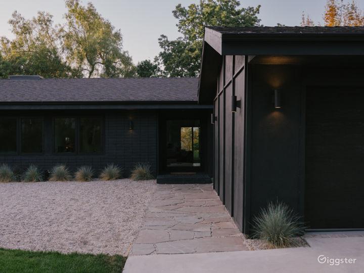 Zen Den - Contemporary design retreat with views Photo 3