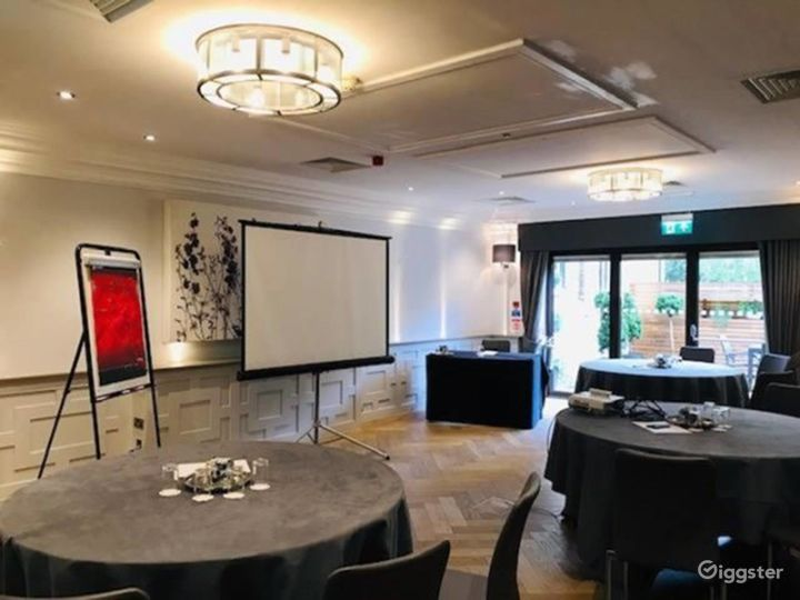 Meeting Room with Patio Access in Oxford