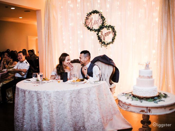 Elegant & Spacious Banquet Room Photo 5