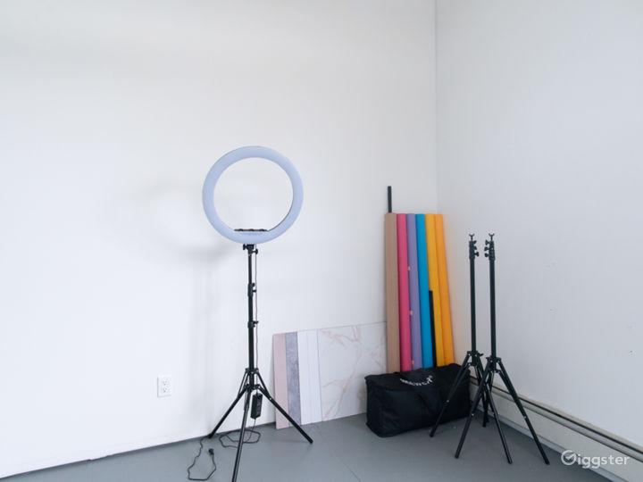 Sun Drenched Airy Minimalist Photography Studio Photo 3