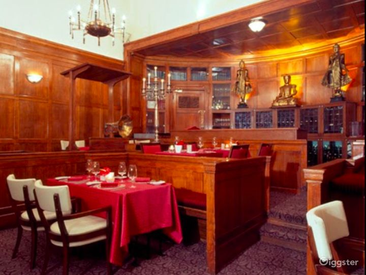 Luxury Hotel's Pan-Asian Restaurant in London Photo 4