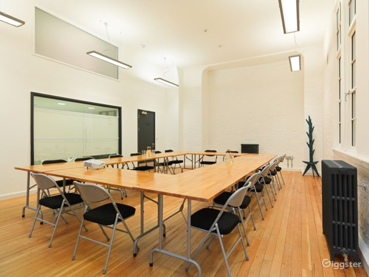 Medium-sized Event Space in London Photo 5