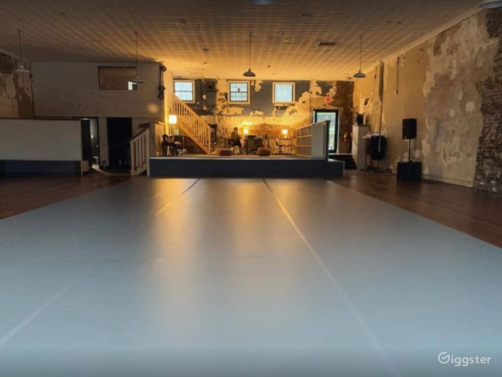 A 4500 Sq. Ft. Art and Event Space in Arts District of Olde Chattanooga Photo 5