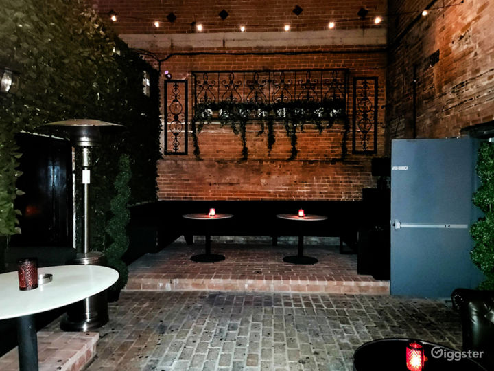 Expansive Outdoor Patio Bar Event Space Photo 2